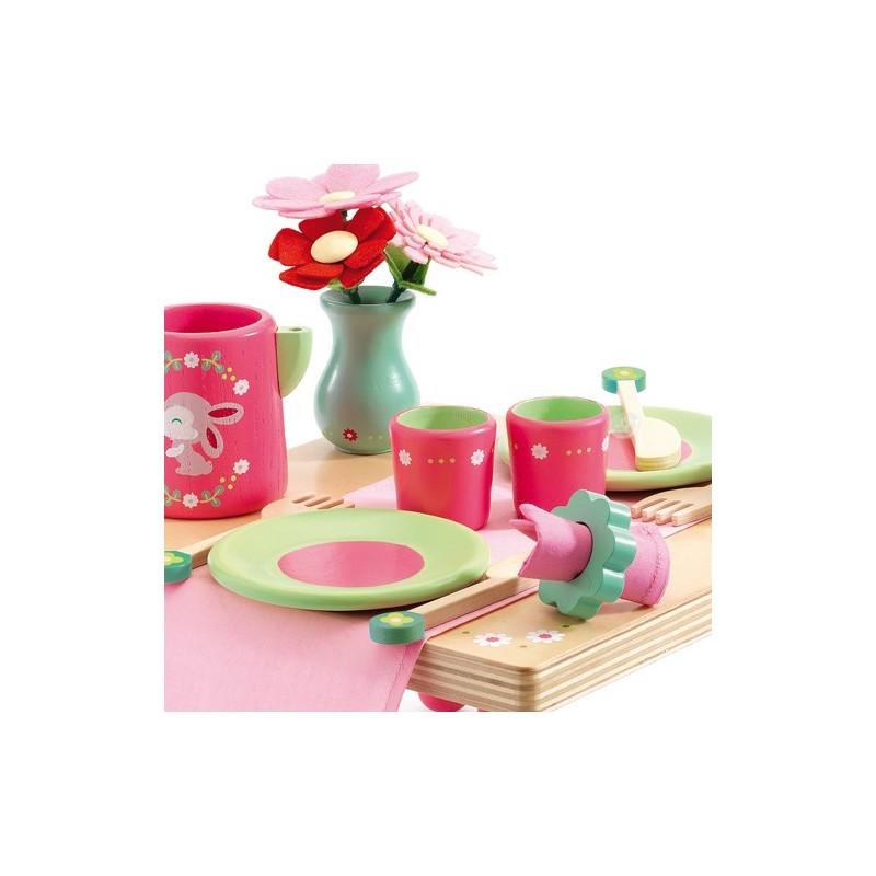 Le déjeuner de Lili Rose Djeco : jouet d'imitation en bois pour fille