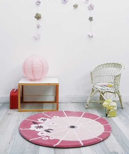 Tapis rose pour chambre fille tapis chambre fille rose un for Chambre bb lola
