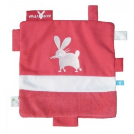 Doudou Carré Etiquettes Rouge Wallaboo