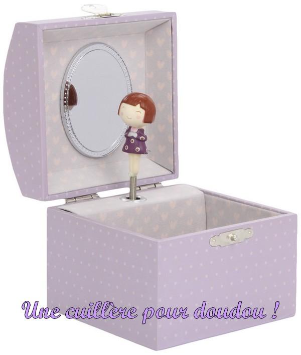 8d367d49bc2a Malle à bijoux musicale Ninon Chat Trousselier